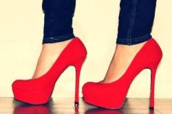 Туфли на каблуках - причина боли в пятках