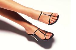 Узкая обувь - одна из причин развития эквинусной деформации стопы