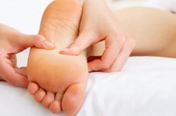 Массаж стопы для лечения плоскостопия