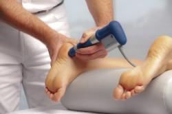 Лечение пяточной шпоры с помощью лазерного излучения