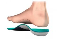 Ношение ортопедических стелек при плоскостопии