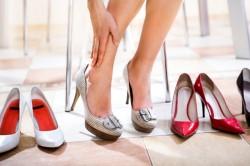 Неудобная обувь - предпосылки к появлению косточек на ногах