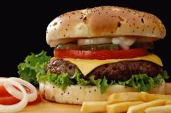 Неправильное питание - причина трещин на пятках у ребенка