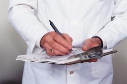 Обращение к врачу по вопросу лечения нароста на косточке