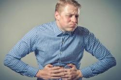 Сбои в работе пищеварителной системы - причина огрубевшей кожи на пятках