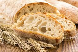 Хлеб для лечения мозоли на пятке
