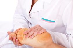 Определение плоскостопия врачом