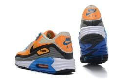 Специальные беговые кроссовки при плоскостопии