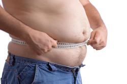 Избыточный вес - одна причин плоскостопия у взрослых