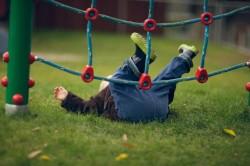 Падение - одна из причин боли в стопе у детей