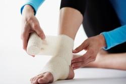 Перелом голеностопного сустава - причина возникновения травматического плоскостопия