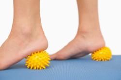 Упражнения лечебной гимнастики для лечения плоскостопии