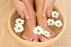 Ванночки для лечения тендинита стопы