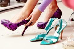 Обувь - одно из мест обитания грибка